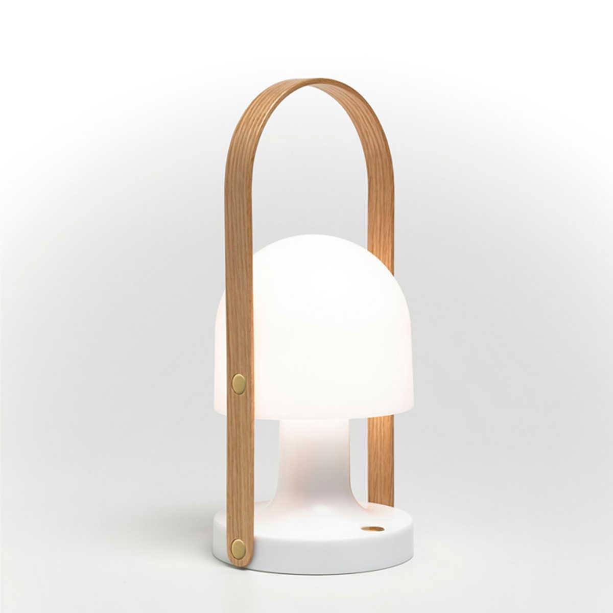 l mpara follow me marset ebanite interiorismo y decoracion. Black Bedroom Furniture Sets. Home Design Ideas